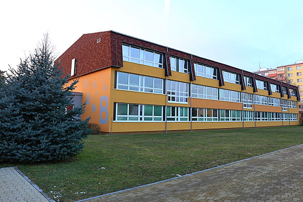 3zs-holesov3-600x400.jpg